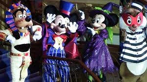 Halloween Town Characters by Disney Cruise Line Halloween Character Montage 2016 Mickey U0027s