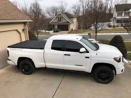 100 Aluminum Truck An Bed Cover On A Toyota Tundra A Rugged Bl Flickr