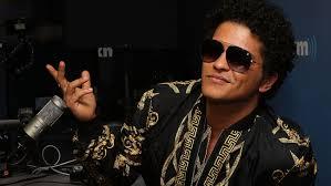 Carson Daly Halloween Linus by Bruno Mars Unleashes U002724k Magic U0027 Album Hollywood Gossip