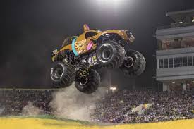 Two Newcomers Among Highlights Of 2017 Monster Jam - ExpressNews.com New Orleans La Usa 20th Feb 2016 Captains Curse Monster Truck Rare Hot Wheels Monster Jam Gunslinger With White Wheels Monster Truck Show Images Vintage Farmhouse Pictures Lg G Gopro Drone Video Hickory Motor Jam Tampa Recap January 17 2015 Next Show Feb 7th Oldtown060714 Youtube Central Florida Top 5 What Id Do Differently Dennis Anderson Feature Car And Driver Team Meents Vs World Finals Racing Quarter 2014 Mud Fall Season Points Series Trigger King Rc Slinger Trucks Wiki Fandom Powered By Wikia