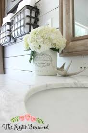 Rustic Christmas Bathroom Sets by Best 25 Burlap Bathroom Decor Ideas On Pinterest Burlap