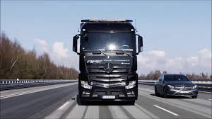 Mercedes Autonomous Truck Platooning World Premiere - YouTube Mercedesbenz Ocs32518x4stvaxlarejoabl24 Hook Lift Trucks Antos After Sales Daimler Truck And Bus Australia Fuso Freightliner Unveil Allectric 26t Heavyduty Urban Etruck Adventure Mercedes Benz Vario 814da 4x4 Sold Www Actros 1845 Ls 4x2 Bigspace Classtruckscom 6555 K Euro Norm 4 129000 Bas A Tesla Takeover Take A Look At New Allelectric Heavy Atego 1221 6 38200 Yes Theres Pickup Truck Heres Why Archive Passion Eblog The Longhaul Of The Future