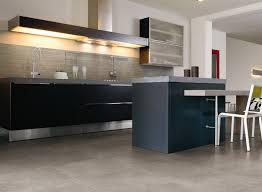 sol de cuisine conseils pour choisir un revêtement de sol de cuisine