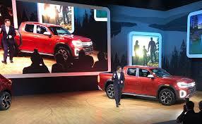 VW Unveils Unibody Tanoak Pickup Concept
