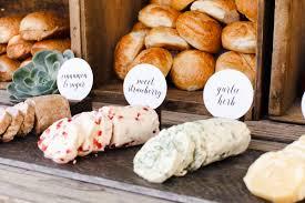 3 Delicious And Unique Wedding Food Ideas