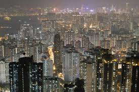 100 Hong Kong Apt Home Prices Scale New Peak 20 Years After 1997