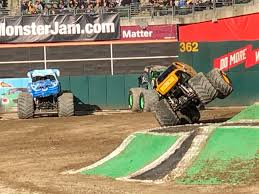 100 Monster Truck Oakland S Equaled Fun This Weekend In