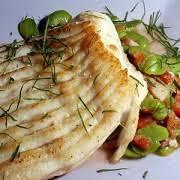 cuisiner la raie au four aile de raie au four on peut cuire dans un court bouillon plutôt