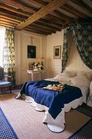 schlafzimmer mit holzbalkendecke bild kaufen 294098