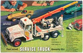 100 Fire Truck Model Kits Hakes RENWAL SERVICE TRUCK ASSEMBLY KIT BOXED MODEL KIT