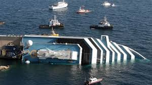 huge cruise ship sinking in italy first pictures froyo nation blog