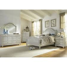 Farmhouse & Cottage Style Bedroom Sets