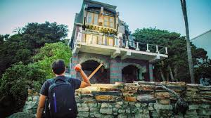 100 Mansions For Sale Malibu The Curious Case Of Cynthia Becks Abandoned And Bel Air