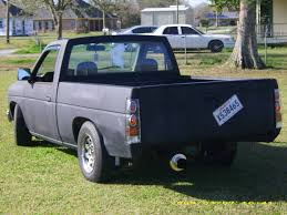 100 1991 Nissan Truck NISSAN TRUCK Image 1