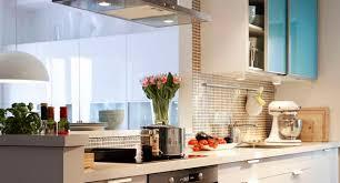 crédence cuisine à coller sur carrelage credence cuisine inox verre ou adhésive carrelage extérieur