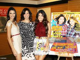 Kendall Jenner And Kylie Jenner Sign The September Issue Of Magazines On Shelves Noble Usa Stock Photos Barnes Kitchen Brings Books Bites Booze To Legacy West Host Book Signing For The Dams Of Western San Did You Hear Come Celebrate The Events Bella Thorne At Sevteen Magazine In Current Events Magazines On Shelves And Usa Big Hero 6 Honey Lemon Cups Seasoned Mom Report Ultimate Retro Collection Outlander Early Intel Season 4 Plus Jamie Claires Rough Chelsea High Times Twitter 500th Issue Hightimesmagazine Is