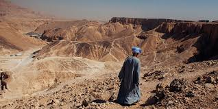 100 In The Valley Of The Kings Archeologists Discover About 50 Mummies Egypts