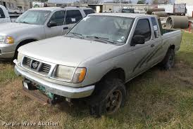 100 1998 Nissan Truck Frontier King Cab Pickup Truck Item K6305 SO