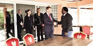 cr r un post it sur le bureau présidence de la république démocratique du congo portail officiel