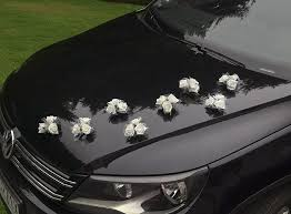 bouquets ventouse voiture mariage décoration voiture mariage