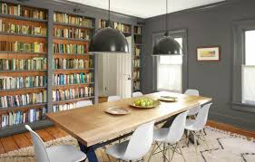 This Dining Room Doubles As A Library