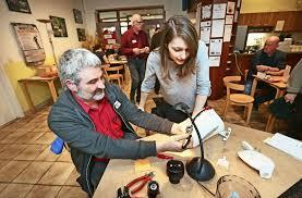 esslingen ein besuch im reparatur café in esslingen