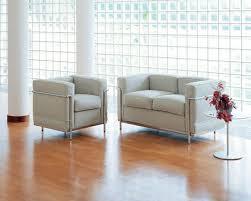 hausdoktor welches sofa passt zum le corbusier sessel