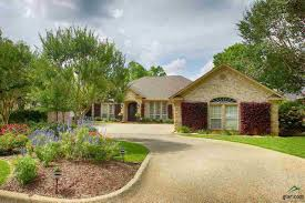 2 Bedroom Houses For Rent In Tyler Tx by 1803 Royal Oak Dr For Sale Tyler Tx Trulia