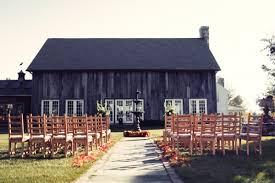 Tanyas Blog A Rustic Barn Ceremony Meets A Swinging 1920s