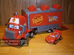 Mack Truck: Mega Bloks Mack Truck