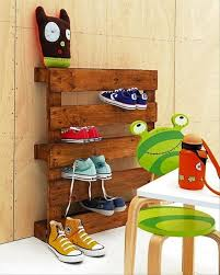 Pallet Ideas Shoe Rack