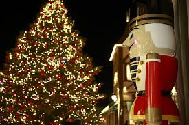 Twinkling Christmas Tree Lights Canada by 32 Festive Places To See Christmas Lights In Vancouver Daily