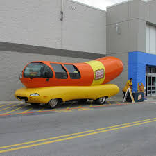 Hot Dog! Iconic Oscar Mayer Wienermobile Stops In Ship | Local News ...