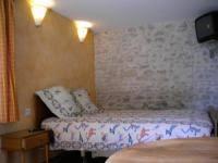 chambre accessible handicapé au col de cygne accessible handicapé à blanzac lès matha