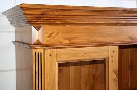 vitrine highboard kiefer esszimmer geschirrschrank goldbraun lackiert honigfarben