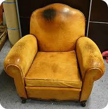 recouvrir un fauteuil club atiscuir rénovation recouvrement changement de cuir tissu skaï