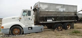 1993 International 8300 Grain Truck   Item DA2631   SOLD! Ap...