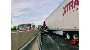 100 Two Men And A Truck Knoxville Several Injured In Tractortrailer Crash In