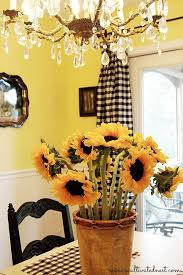 White Kitchen Curtains With Sunflowers by Best 25 Sunflower Room Ideas On Pinterest Sunflower Kitchen
