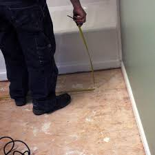 Tiling A Bathtub Deck by How To Install Bathroom Floor Tile How Tos Diy