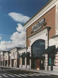 Barnes And Noble Holyoke Ma - Tjo Animal 413animals, Holyoke ... Schindler Hydraulic Elevator Barnes And Noble In Holyoke Ma Events When All Thats Left Of Me Is Love On Twitter Are You An Educatorget Inspiredfill Crossing Dsh Design Group New England Travels William Skinners Silk Mills The 413 Mom November 2016 Bookfair Springfield Museums Glowgolf St Patricks Day Parade 1958 En White School Grade 7 8 Chorus Together In Song Lincoln Park
