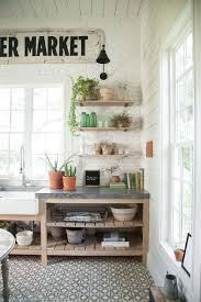 Never Before Seen Space Of Joanna Gaines Farmhouse Laundry Room Love The Painted Brick