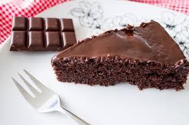 kuchen saftiger schokoladenkuchen stadt land food