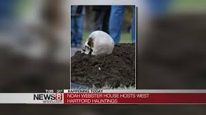 Spirit Halloween Waterbury Ct by Spook Yourself At Haunted Cemetery Tours In West Hartford