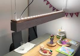 zeig dein hue mit beton und lightstrip zur esstischle