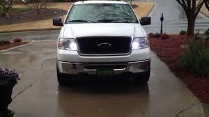 2005 ford f150 headlight bulb size