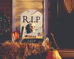 Diy Halloween Wood Tombstones by Diy Tombstone Candy Holder Diy Huntress