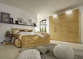 schlafzimmer 4tlg bett mit kopfteil vollholz 160x200 49cm hoch schrank 4trg 60er raster 244x223x60 kiefer massiv gelaugt geölt casade mobila