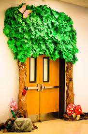 Cubicle Decoration Themes Green by Best 25 Doors Ideas On Pinterest Door Decorations