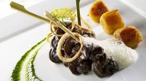 cuisiner les escargots de bourgogne escargots de bourgogne en fricassée purée de persil et jus d ail
